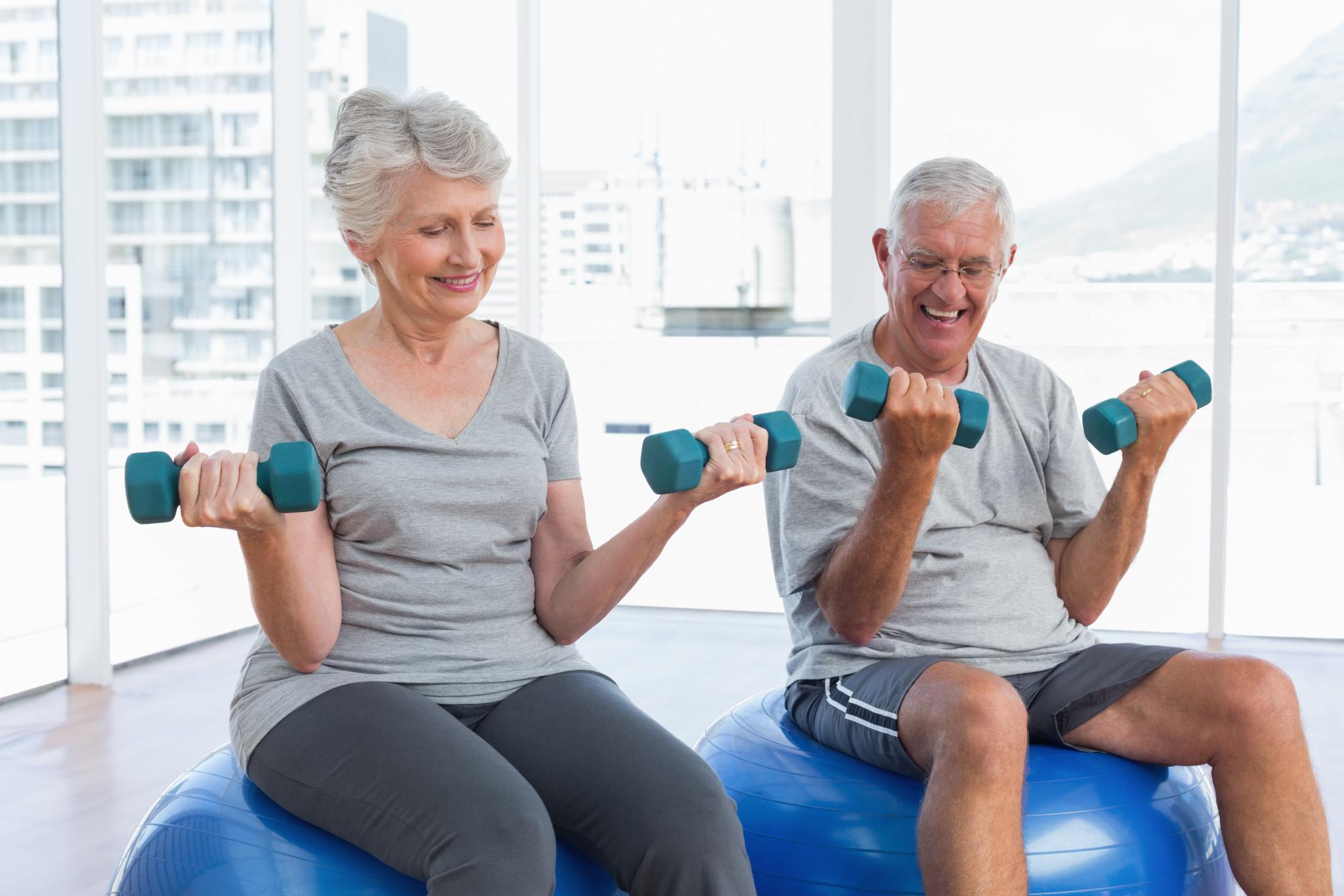 Übungen zum Abnehmen im Alter von 50 Jahren